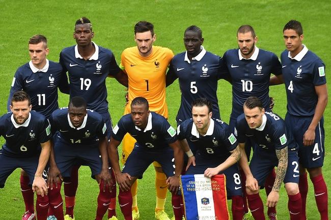 Tenue actuelle de l'équipe de France de foot
