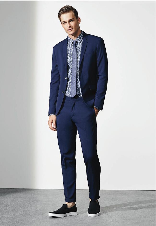 Calvin Klein costume bleu