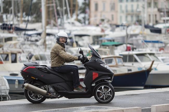 Peugeot Metropolis RX-R : scooter plein de technologies