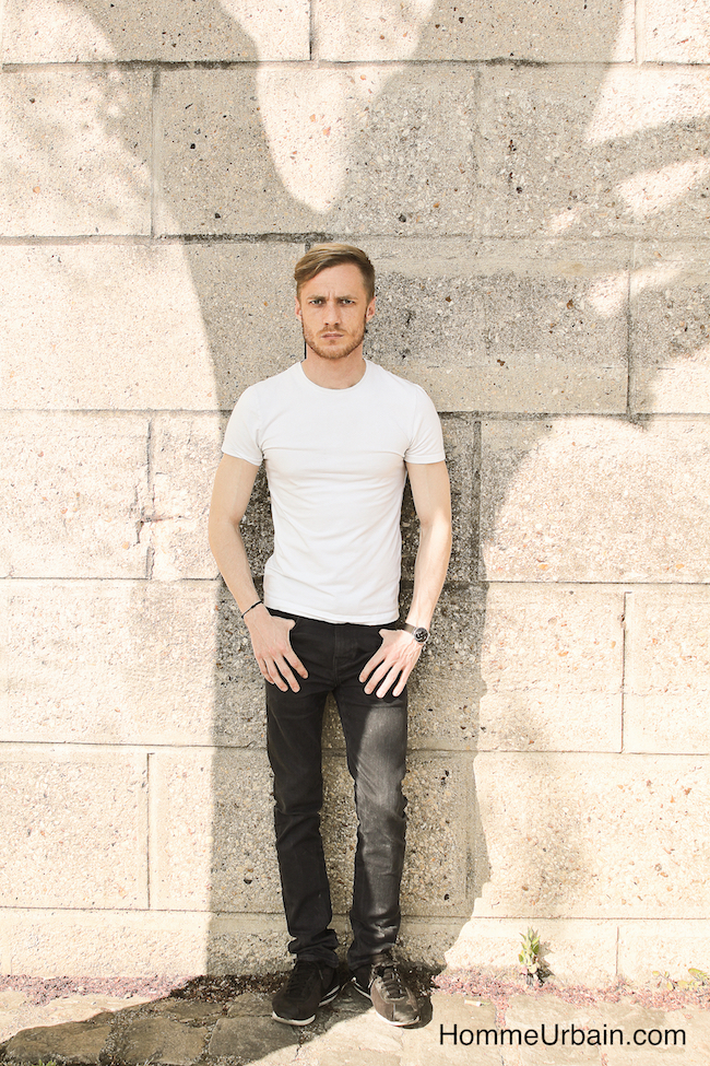 yann tee shirt blanc jean noir