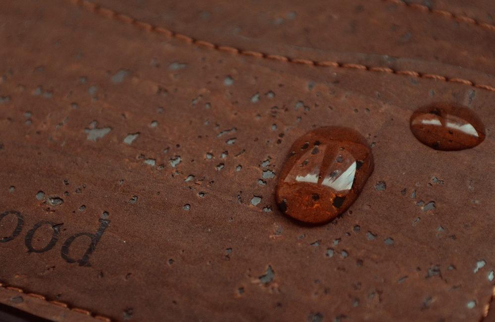 porte-carte-liege-waterproof-blackwood