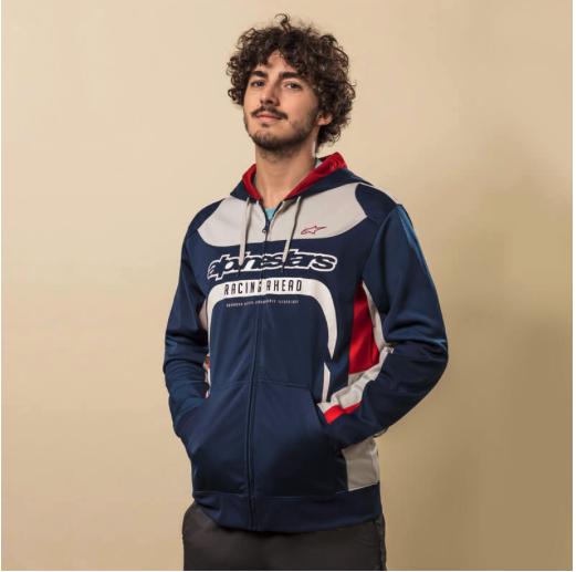 Motocross sportswear : Comment les sports mécaniques influencent la mode