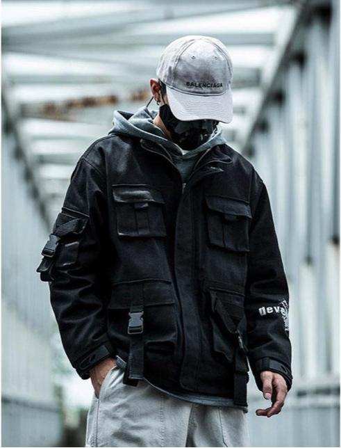 Urban techwear : un style qui s'inspire des uniformes et des vêtements techniques
