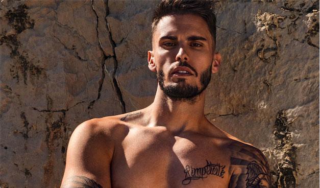 Baptiste Giabiconi sa ligne de sous-vêtement, ses souvenirs avec Karl