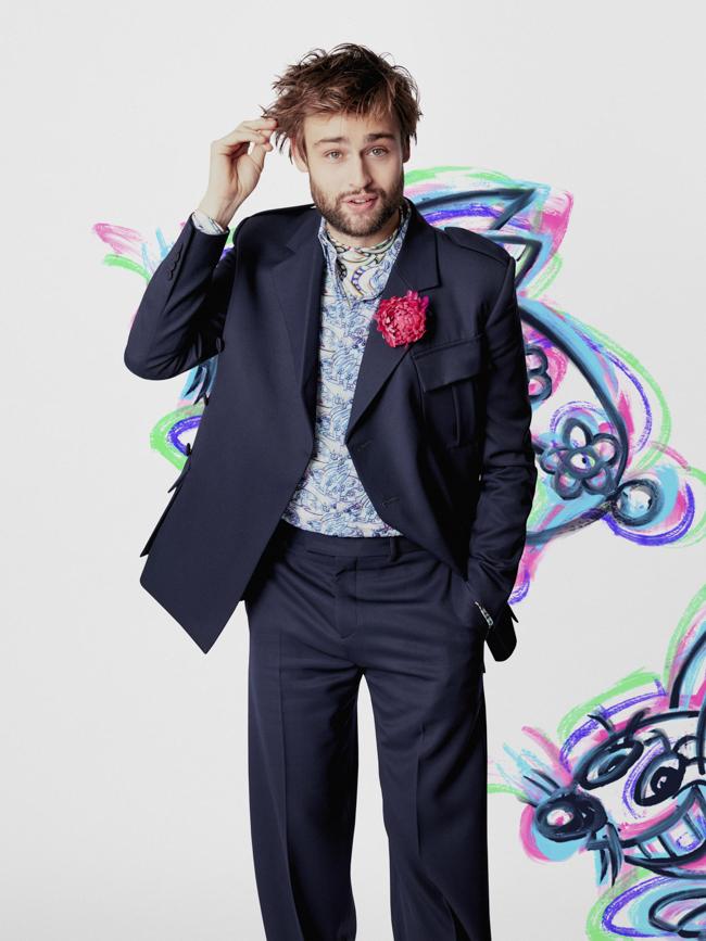 Douglas Booth en Dior Homme