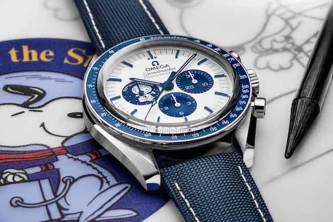 "OMEGA-Speedmaster-""Silver-Snoopy-Award""-50th-Anniversary"