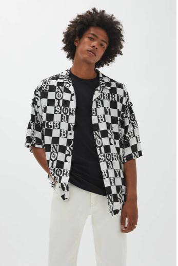 Pull and Bear chemise à carreaux noirs et blancs
